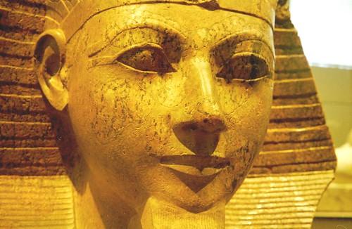 2000 11 Beeld van koningin Hatsjepsut, Metropolitan Museum por Hans Ollermann.