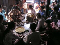 su gente Lago Inle Myanmar Birmania 14 (Rafael Gomez - http://micamara.es) Tags: people de lago casa plantas barca barcos gente burma personas viajes su myanmar inle habitat casas birma birmanie embarcaciones embarcacion birmania