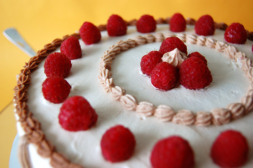 French Strawberrry Cake