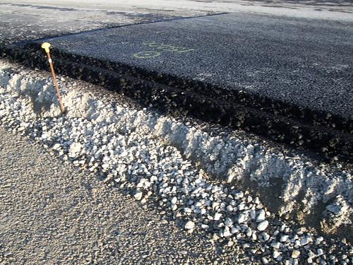 Highway Construction Materials : Thread road finder