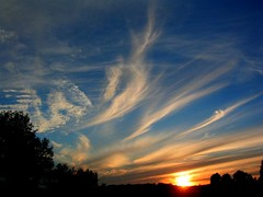 wispy sunset (milomingo) Tags: sunset sky silhouette wisconsin clouds upnorth marinette beecher marinettecounty pembine perfectsunsetssunrisesandskys northeasternwisconsin