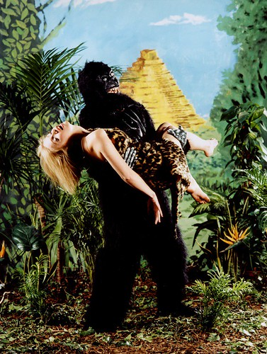 ass-girl-vs-gorilla-nu-nude