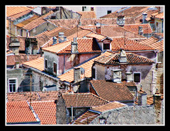 The Rooftops of Zadar #1 (felber) Tags: travel red summer europa europe mediterranean rooftops croatia zadar croazia zara oldcity croacia adriatic 2007 adria croatie jadran dalmatia kroatien mditerrane felber mediteran 5for2 aplusphoto holidaysvacanzeurlaub
