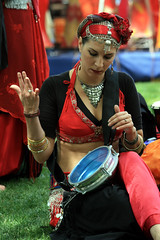 Beat For The Bellydancer (Jack Hess) Tags: seattle festival washington northwest weekend folklife memorialday 1on1colorfulphotooftheday 1on1colorfulphotoofthedayjune2007