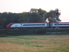 Virgin Train (crwilliams) Tags: train date:year=2005 date:month=september date:day=22 date:hour=18 date:wday=thursday