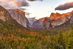 Tunnel View Sunset (dr_stan3) Tags: yosemtie national park tunnel view sunset autumn landscape travel california canon 6d ef2470mmf28liiusm halfdome elcapitan