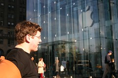 Someone's gonna have to hold this (Nathaniel Bannister) Tags: new york city apple store nathaniel february avenue 2009 bannister fifth