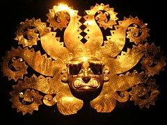 Moche, mascara de oro arqueología pre-colombiana Lima Perú