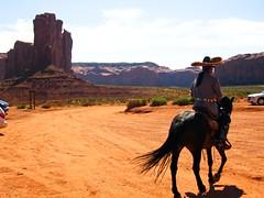navajo (Andy!) Tags: horse nativeamerican valley navajo monumentvalley cavallo indiano