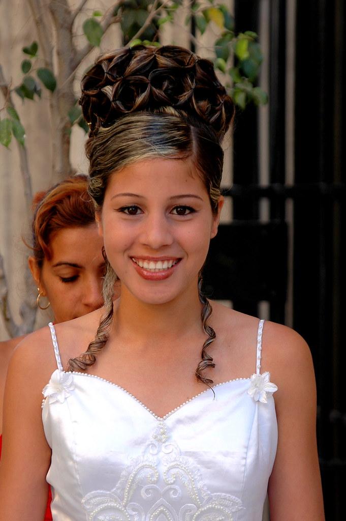 La cubana es la reina del Eden.....(fotos de bellezas en Cuba) 523153507_9731170e7a_b