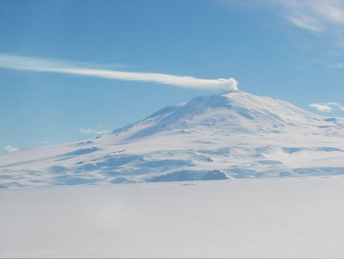 Mt Erebus - Return from Dry Valleys