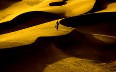 IN DESERT/ FEELING SO SMALL (HORIZON) Tags: bravo desert iran horizon wide persia sanddune mesr khoor 13851986iraniannewyearholidays fivestarsgallery