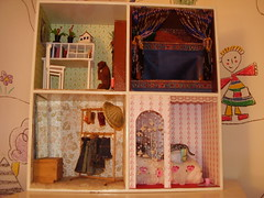 upstairs (miss toadstool) Tags: upstairs dollhouse nukkekoti ylkerta