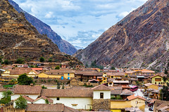 Ollantaytambo (Voyages Lambert) Tags: ollantaytambo urubambavalley pisac cuzco inca history multicolored old architecture urbanscene peru theamericas andes mountain valley village town picchu peruvianculture