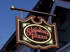 20050820 Skipolini's Pizza
