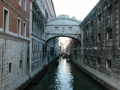 Bridge of sighs (marcopriz) Tags: venice italy bridge sighs water canal canals reflection deleteme deleteme2 deleteme3 deleteme4 deleteme5 deleteme6 deleteme7 deleteme8 deleteme9 deleteme10sighs