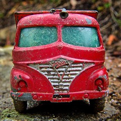 the red truck (The Norwegian) Tags: iusedtoplaywiththiswheniwasakid old stillworking red toy truck