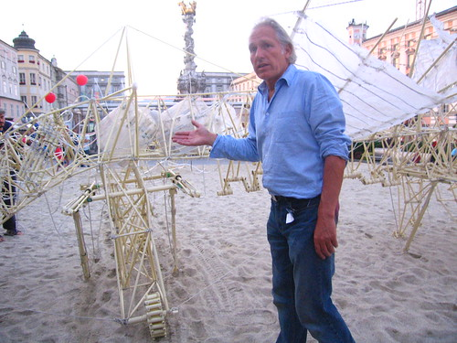 Theo Jansen and a Strandbeest