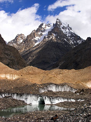 P7161451 (Kelly Cheng) Tags: pakistan mountain glacier getty baltoro trekday6urdukastogoroii pickbykc