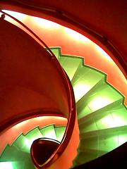 Downward Spiral (mrjorgen) Tags: oslo norway internasjonalen bar youngstorget staircase architecture cameraphone underskogno nokia5140i spiral downwardspiral trapp treppe spiralle minicardkandidat moocardkandidat flickrexplore explore