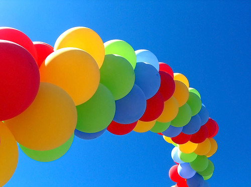 Balloons to the sky / Ishrona