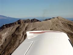 Steam plume from Mt. St. Helens (pfflynn) Tags: wing mt st helens september25 flying cirrus sr22 mtsthelens
