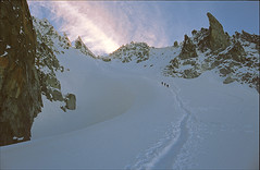 col superior du Tour (Ron Layters) Tags: france mountains alps nature geotagged slide transparency chamonix rescanned argentiere hautesavoie pentaxmz10 geo:lat=45992191 geo:lon=7012024 flickrfly ronlayters slidefilmthenscanned massifdumontblanc colsuperiordutour