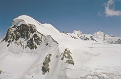 Breithorn, Castor & Pollux, Liskaam (Ron Layters) Tags: mountains alps nature geotagged switzerland slide transparency zermatt agfa wallis castor valais pollux pentaxmz10 breithorn ctprecisa agfachrome mountainsalps elevation40004500m flickrfly altitude4164m summitbreithorn ronlayters slidefilmthenscanned liskaam rescaned geo:lat=45947 geo:lon=774886