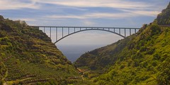 Bridge in La Palma (ken_pintelon) Tags: bridge green water la valley ravine lapalma palma barranco kloof beautifulisland laislabonita ravijn