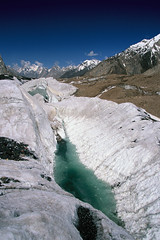 Velvia50-19 (Kelly Cheng) Tags: pakistan mountain glacier velvia concordia getty baltoro trekday8concordia pickbykc