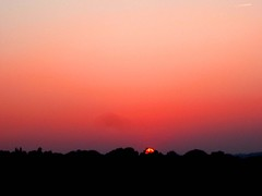 Just Peachey! (Trapac) Tags: pink autumn sunset red england silhouette downs bristol geotagged thedowns leighwoods avongorge 15102005onehorizon bristoldowns geo:lat=51456357 geo:lon=2626636