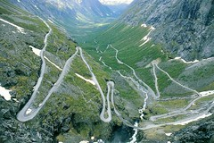 "Der spektakulre ""Trollstigen"" - the mountain road ""trollstigen"" (Reinhard.Pantke) Tags: norge norway norden north trollstigen gebirge skandinavien travel reise unterwegs 1025fav"