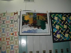 9 (alpinequiltclub) Tags: alpine quilters setting up for cqc meeting january 2003 quilt show photos by linda wyman