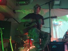 IMG_2336 (Henning (HenSch)) Tags: stuttgart uni unistuttgart party k4 gegenstudiengebhren id101105party 2005 steffen singen guitar gitarre
