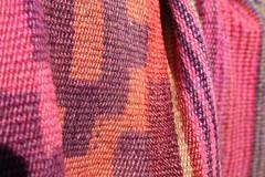 Ponchos (..felicitas..) Tags: color macro argentina canon gap colores gauchos pampa artesania traditionalculture tradicion tradición tejidos sanantoniodeareco telar pilchas felumolina felicitasmolina