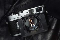 Leica M2 (MikeT) Tags: camera leica japan canon lens tokyo d2x rangefinder m2