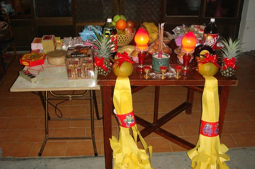 "A New Year ""BaiBai"" Table"