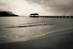 Copy of Kauai b&w44-2 (chiarina2016) Tags: kauai hawaii island beach monotone blackandwhite chiarinaloggia stormyseas waves trails hiking surf hanalei hanaleibeach sea ocean hanaleipier pier balihai