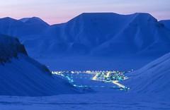 Longyearbyen (mannifique) Tags: svalbard longyearbyen