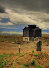 Butte Mine Building (ankneyd) Tags: d50 nikon montana mine butte hdr photomatix 3exp