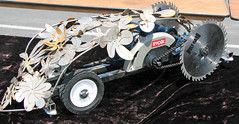 Power Tool Racer - Circular Saw, flower power