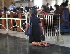 on my knees (jobarracuda) Tags: church kneel lumix faith prayer praying kneeling fz50 panasoniclumix quiapochurch onmyknees womanpraying jobarracuda
