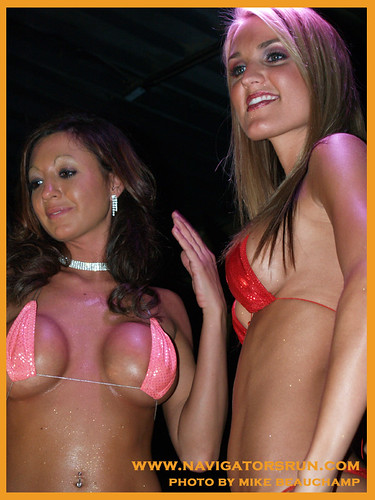 Teeny weeny bikini contest — pic 14