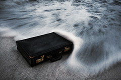 suitcase (fabiogiolito) Tags: old longexposure light sea black abandoned luz praia beach water gua night trash photoshop dark mar grain rusty style case preto pasta velha suit noite estilo lixo suitcase mala maleta escuro gro abandonada executivo chromasia enferrujada
