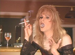 heather123004_29 (Heather Renee) Tags: 120 capri tv heather smoking tg
