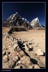 Stone tea house (nico_mphoto) Tags: blue nepal house mountain rock shop stone wall canon eos climb artistic tea peak alpine mountaineering himalaya powerful polarizing dusa dangerious cholatse 1020sigma 400d tawachee