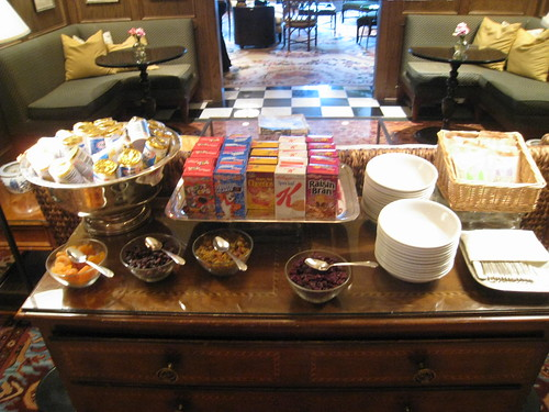 Continental Breakfast - Carriage House