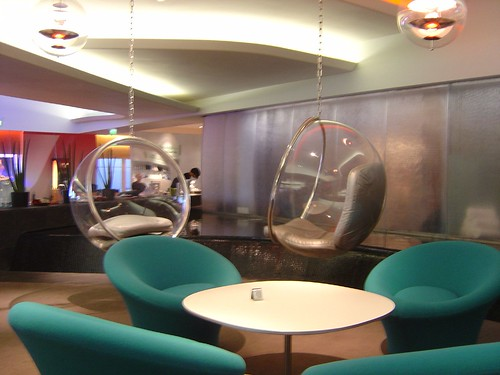 Virgin Atlantic Clubhouse Heathrow 2006 (13)