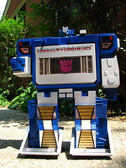 TFClosed (brutalSoCal) Tags: toy ebay forsale transformers figure collectible cassetteplayer tapeplayer decepticon soundwave brutalworks collectibletoy brutalworx