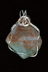 IMG_7026.CR2 (Abraxas3d) Tags: stone wire jean wrap jewelry